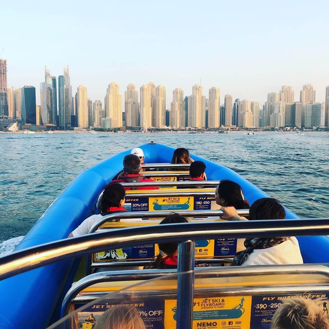 5 raisons de faire une excursion en bateau à Dubaï