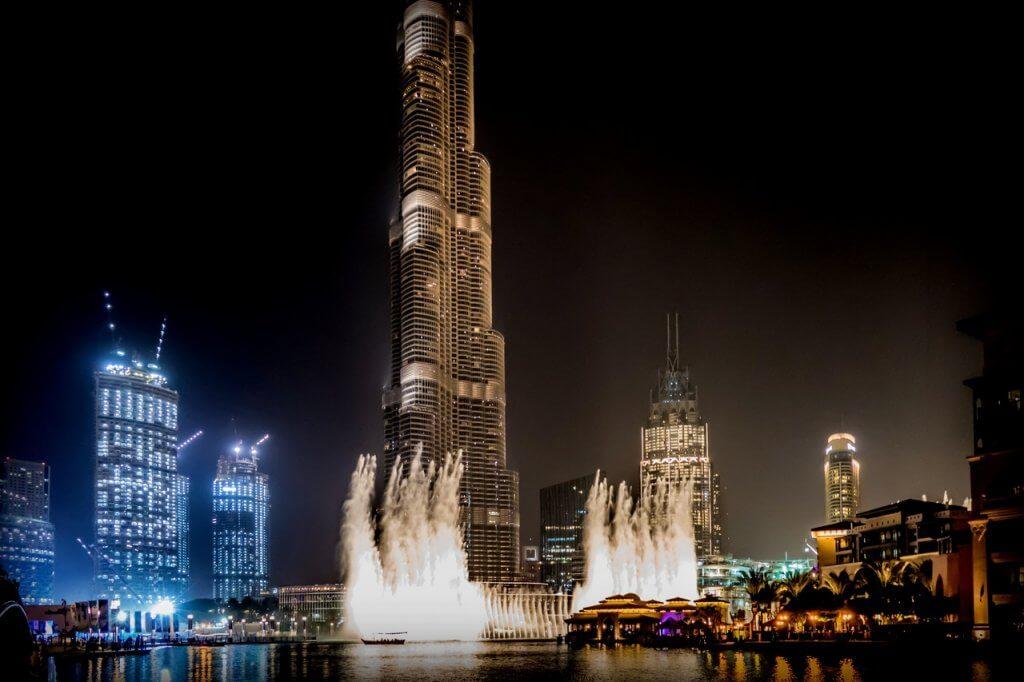 fontaines de dubai la nuit